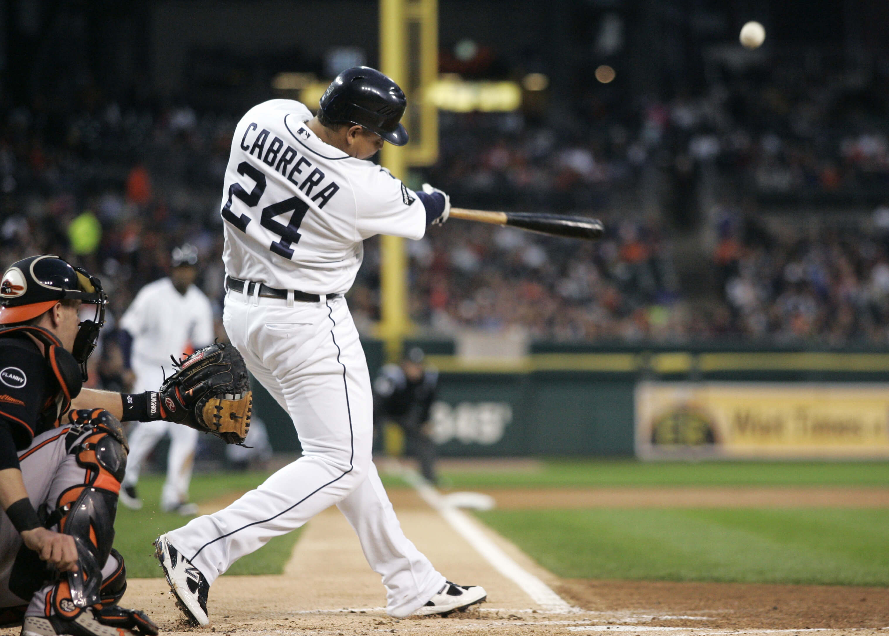 http://thesportsfanjournal.com/wp-content/uploads/2012/09/miguel-cabrera107435771.jpg