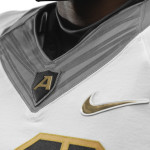 NCAA_FB13_UNIFORMS_ARMY_AwithFlywire_0025_25482