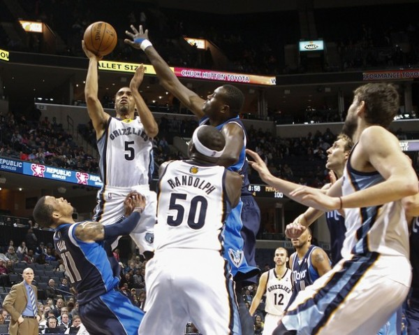 monta ellis charge courtney lee