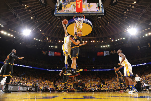 OAKLAND, CA - JUNE 13: Shaun Livingston #34 of the Golden State Warriors goes up for a dunk against Richard Jefferson #24 of the Cleveland Cavaliers in Game Five of the 2016 NBA Finals on June 13, 2016 at ORACLE Arena in Oakland, California.