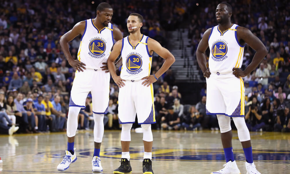 2e2230e231093 What's Next? 2016-17 Golden State Warriors: The Fantastic 3+1 -